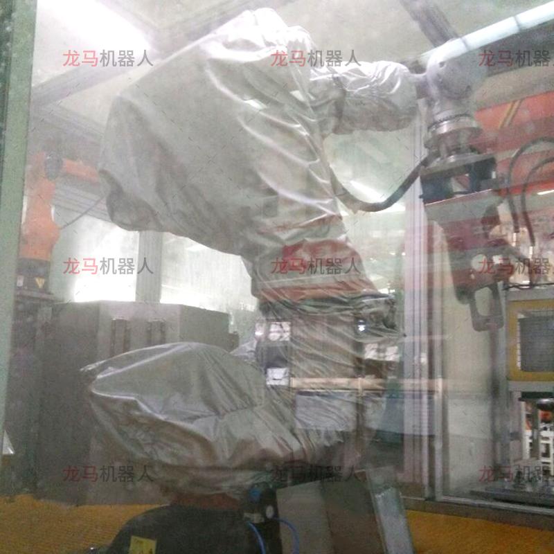 库卡KR180R2500清洗防护服